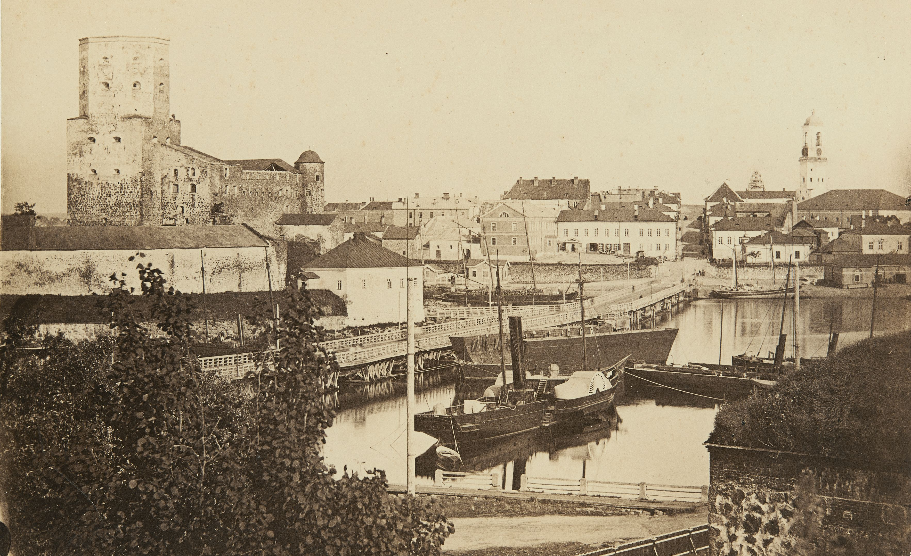 Viipurin linna ja osa kaupungista 1860- tai 1870-luvulla. (Museovirasto)