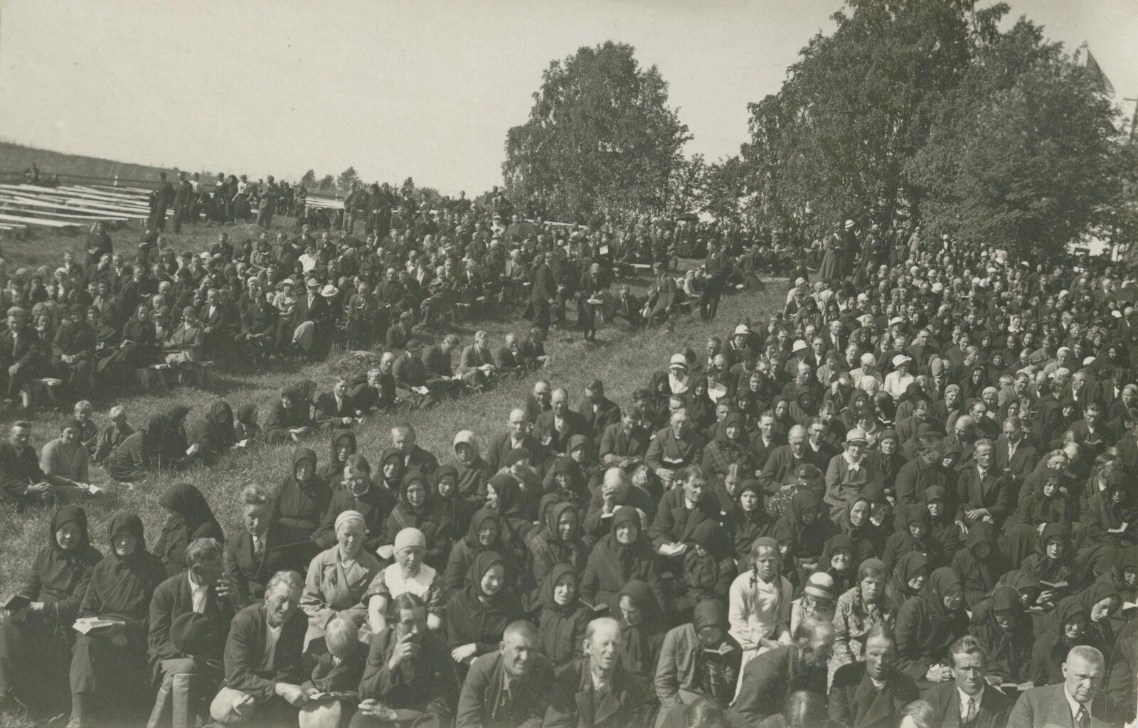 Herättäjäjuhlat pidettiin 1935 Kiuruvedellä. (Kiuruveden kaupunki)
